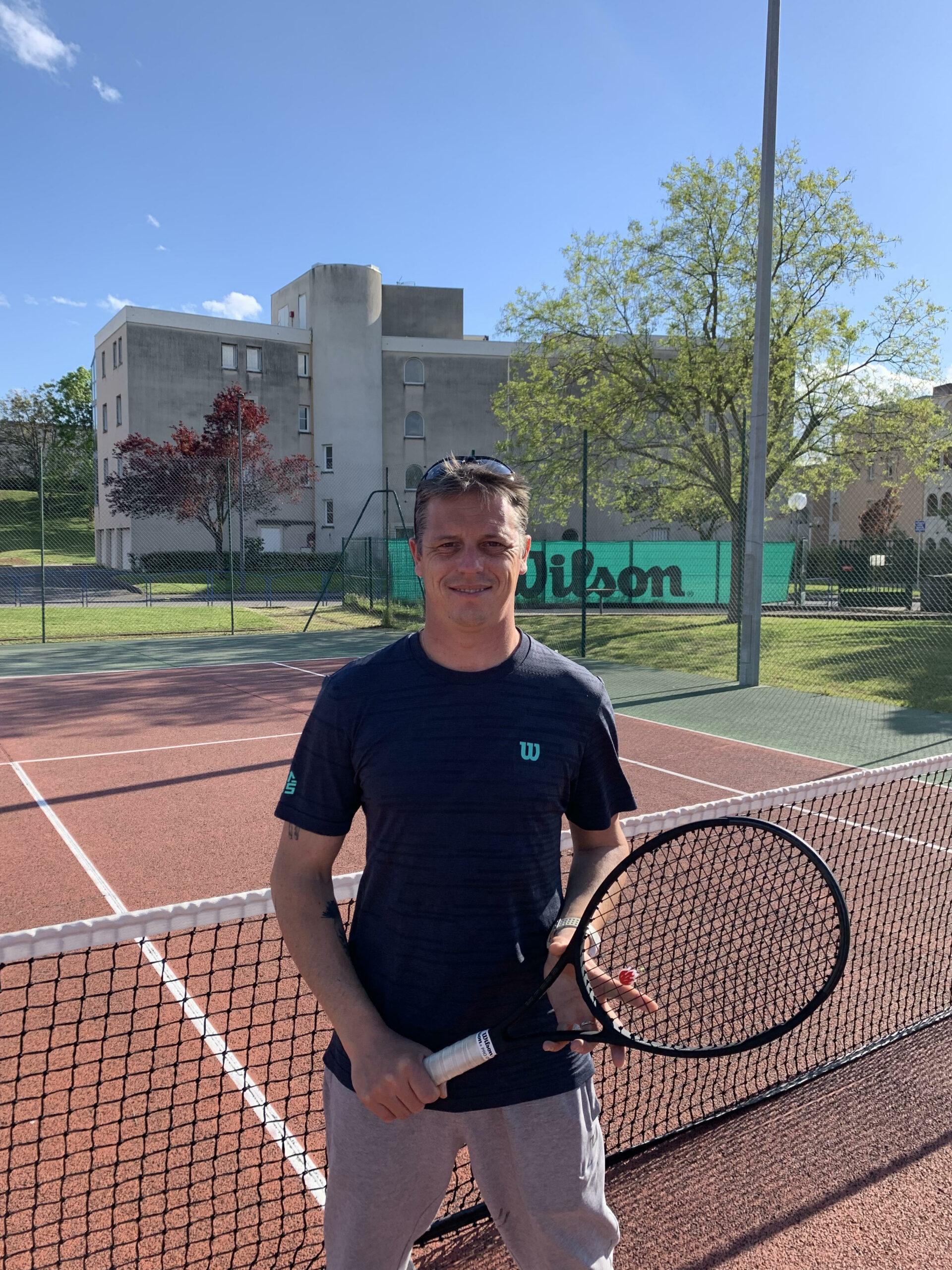 Prof de tennis